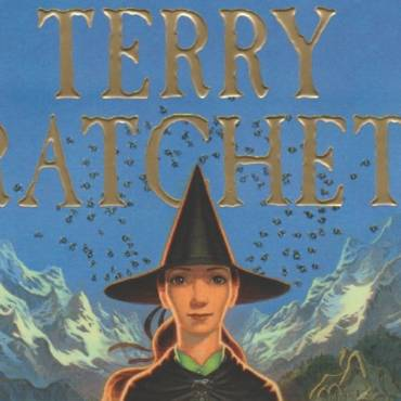 "Book review:  ""The Shepherd's Crown"" by Terry Pratchett"