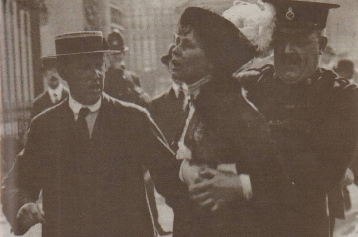 """Book review: """"Emmeline Pankhurst: A Biography"""" by June Purvis"""